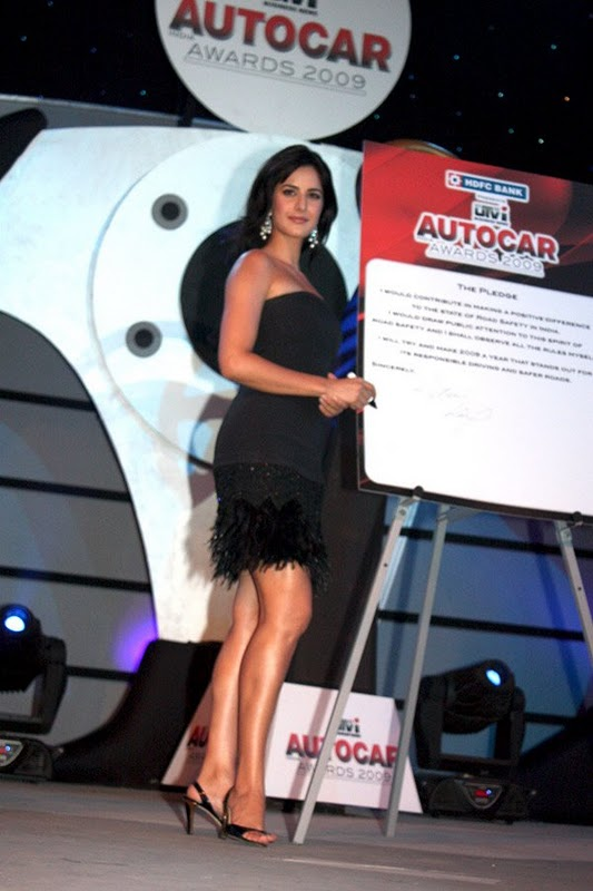 Katrina Kaif Looks Sexy In Black Dress - Sabwoodcom-7321
