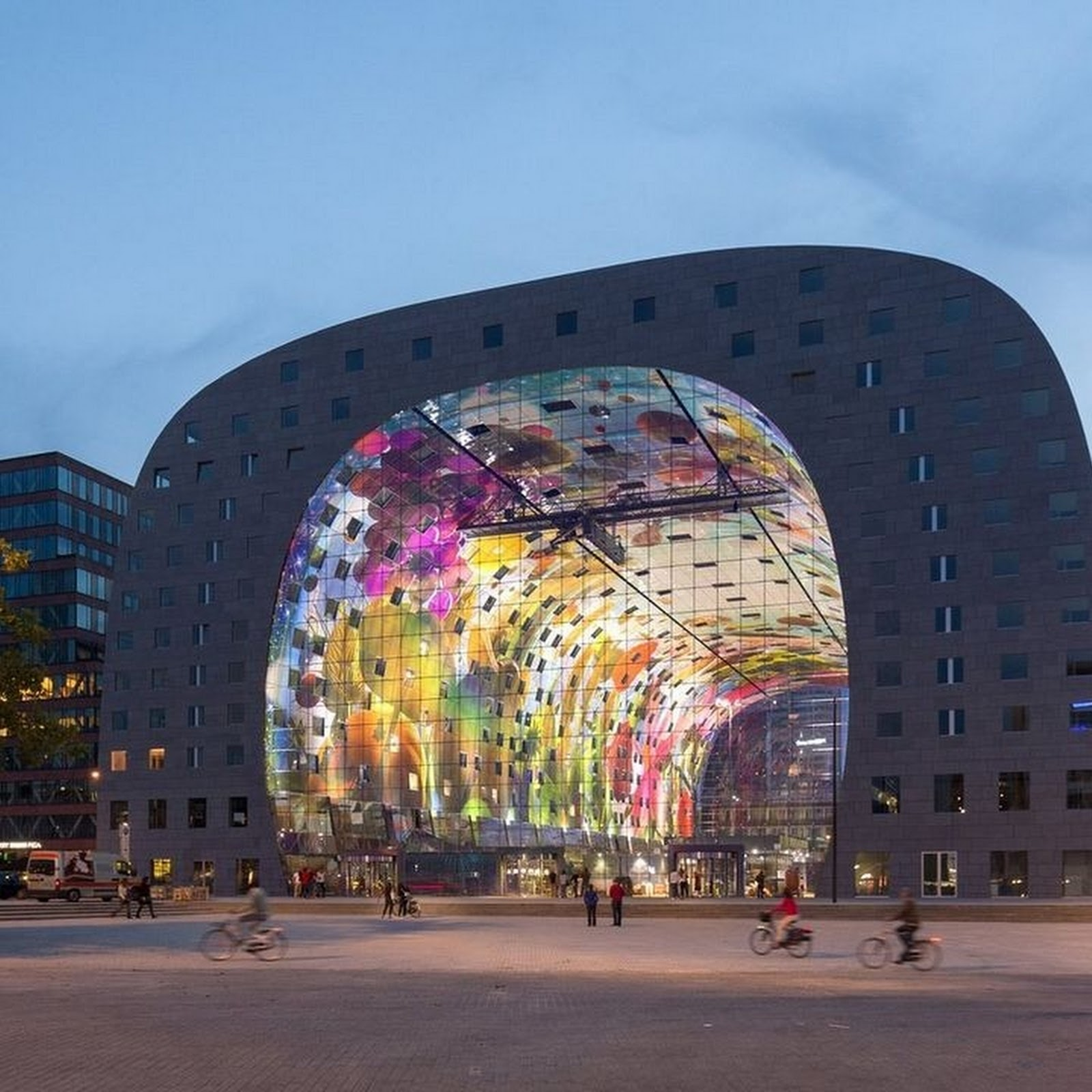 Markthal: Rotterdam's Beautiful Food Market in Netherland