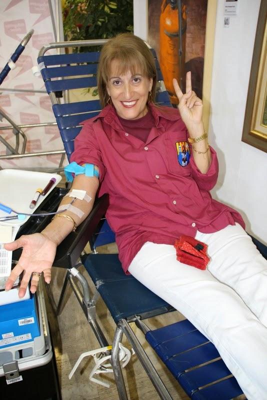 Pilar i donació a la Marató de Donació de sang  24-09-14 - IMG_4513.JPG