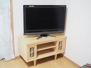 カウンター棚とお揃いのテレビボード