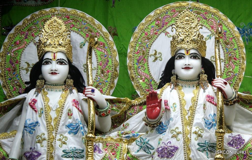 ISKCON Juhu Mangal Deity Darshan on 4th June 2016 (5)