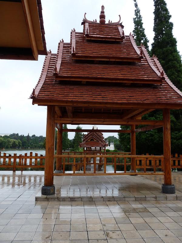 CHINE.YUNNAN.KUN MING Village des minorités 2 - P1270694.JPG