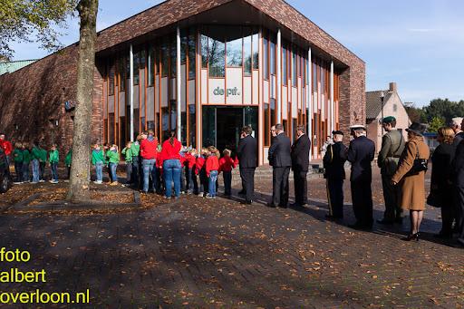 herdenkingsdienst  en een stille tocht naar het Engelse kerkhof 12-10-2014 (55).jpg