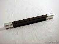裝潢五金品名:A435-鋁製取手規格:32m/m(45)規格:64m/m(90)規格:96m/m(120)規格:128m/m(150)規格:160m/m(200)顏色:PC+胡桃玖品五金