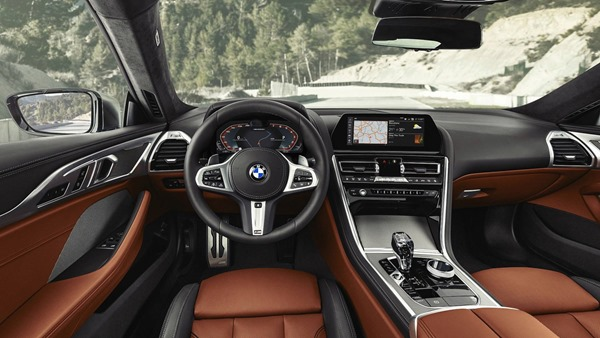2019-bmw-8-series-goes-official-m850i-xdrive-previews-all-new-m8_37
