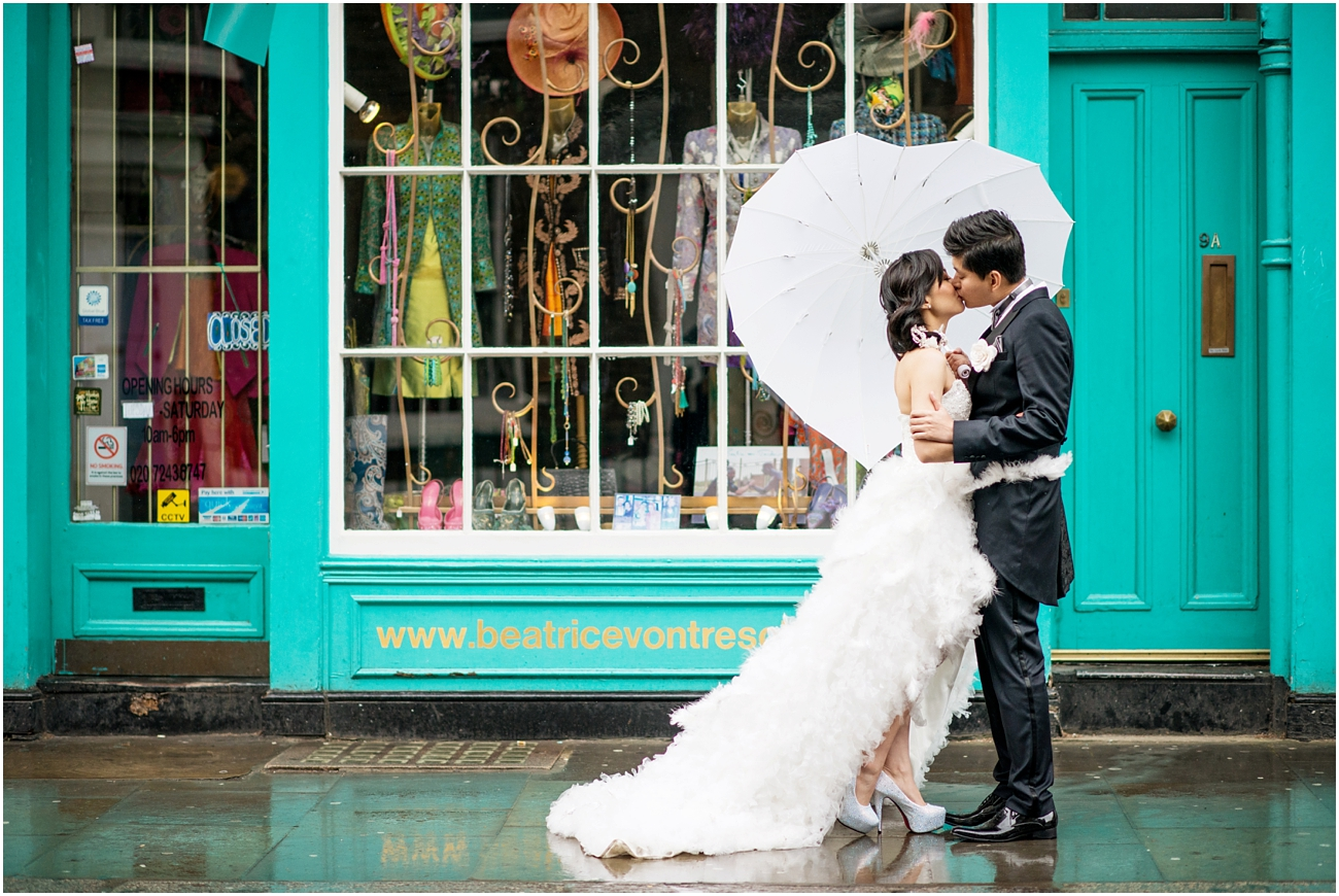 Rainy wedding in London