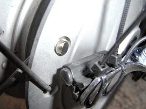 カブとサイコンの自作センサーブラケット