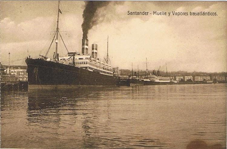 El VEENDAM atracado en Santander.jpg