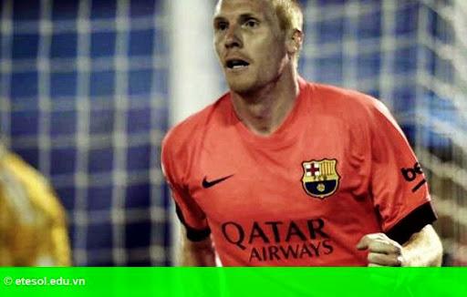 Hình 1: Mathieu trở lại, quân số Barcelona hùng hậu 100%