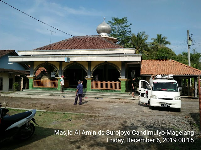Kegiatan Bersih-bersih Masjid Al-Amin dan Musholla Dusun Surojoyo Kecamatan Candimulyo Kabupaten Magelang