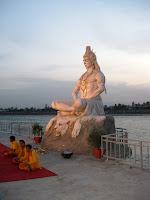 Ganga Aarti Ceremony, Parmath Ashram - Rishikesh, Uttarakhand