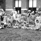 1919 Meisjesschoolklasl te Zevenbergschen Hoek met o.a Marie van Gils_BEW.jpg