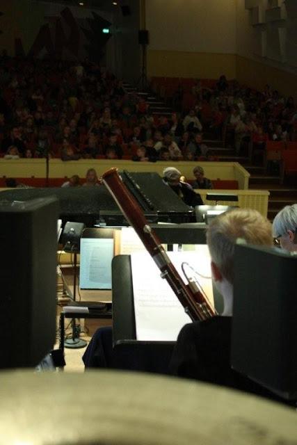Elever fra Orkesterskolen med Sigurd og Michael Bojesen 7/6 2012 - Symfonien%2BF2012%2B-%2BSigurd%2B%2526%2BMichael%2BB%2B%252874%2529.jpg
