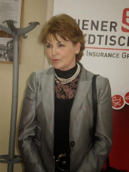 14.05.2010 - Prof. dr Jasna Pak na otvaranju Wiener stadtische - p5110011_resize.jpg