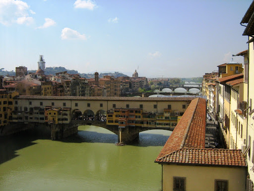 Italy - From Pisa to Florence