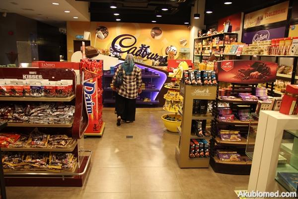 ruang jualan coklat