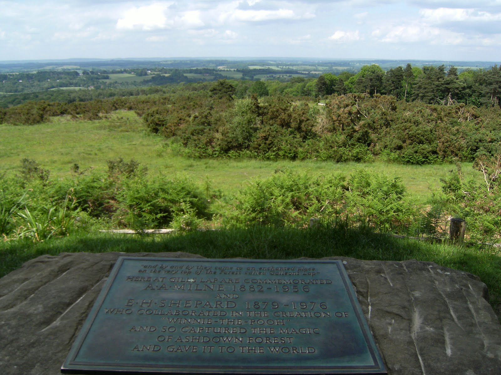 1006120052 Memorial, Ashdown Forest