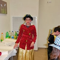 Purim 2011  - 429099_2850024049335_810740834_n.jpg