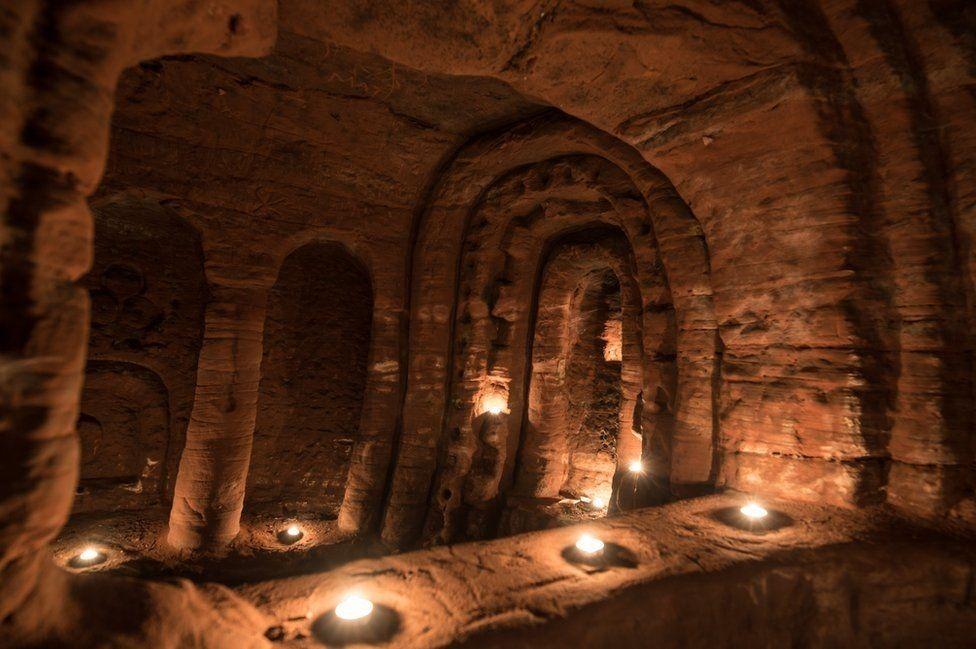 caynton-caves-4