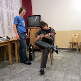 Gitarę mam i sobie na niej gram.