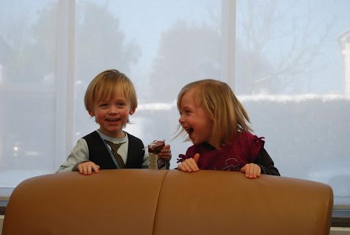 Leuk spelen met neefje Arne