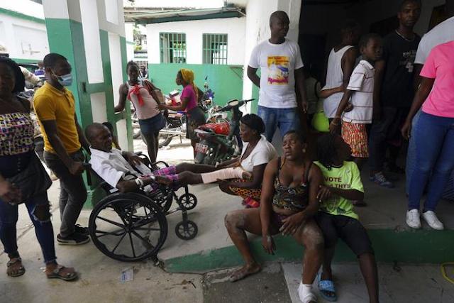 Terremoto de Haití: Tensión por ayuda tras sismo con más de 2.100 muertos