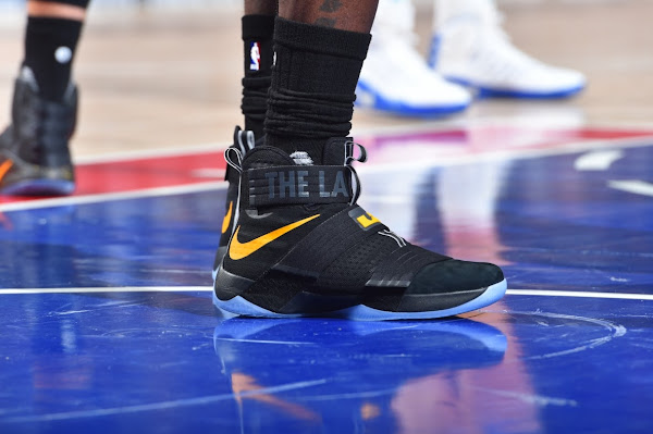 King James Makes History in LeBron Soldier 10 The Land PE