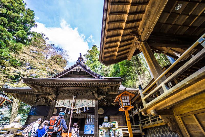 新倉富士浅間神社 本殿 写真3