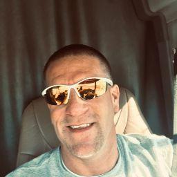 user Mike Matthews apkdeer profile image