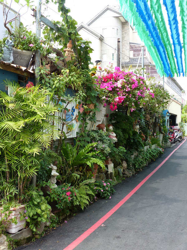 Fang Liao Artist village F 3 ( Pingtung county) et Village cultural a Pingtung city - P1030546.JPG