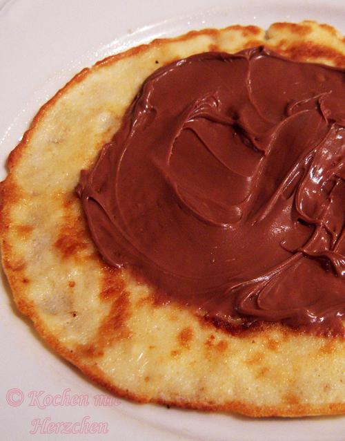 Mamas Pfannkuchen mit Nutella