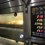 IMG_1718.JPG oven.JPG