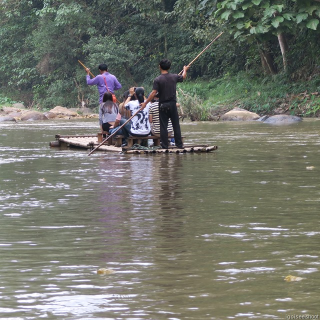 Bamboo rafting in Chiang Mai