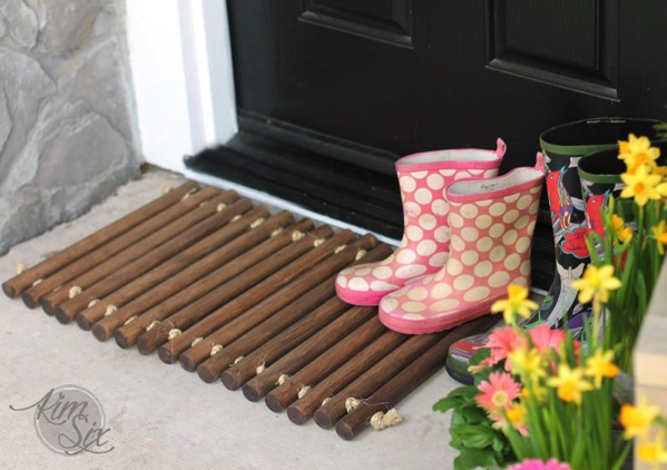Wooden doormat made from dowels