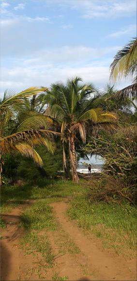 Dejamos este Campement junto a la playa