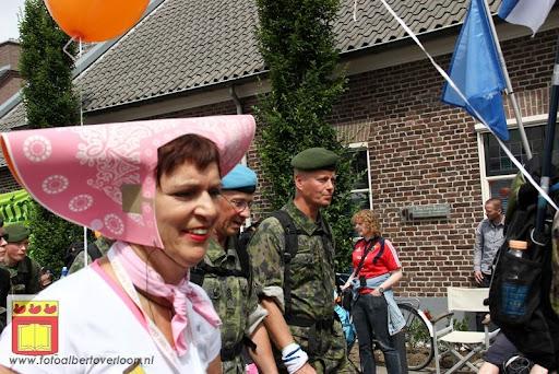 Vierdaagse van Nijmegen door Cuijk 20-07-2012 (75).JPG