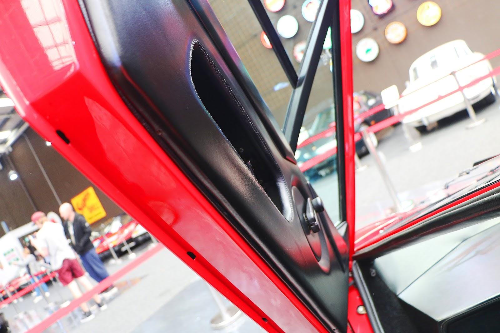Lamborghini Countach (56).jpg