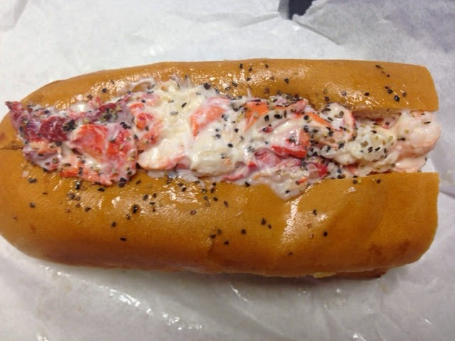 Houston Food Truck Reviews: Maine-ly Sandwiches - Lobster Roll