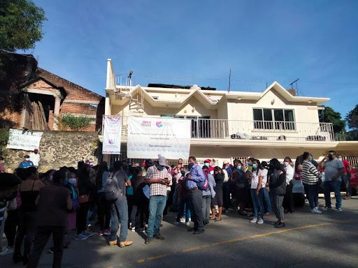 Priístas protestan en Tlalnelhuayocan; señalan irregularidades en la elección