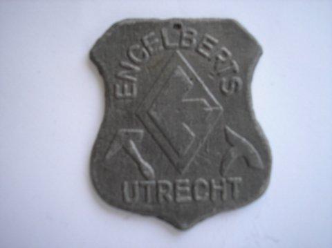 Naam: EngelbertsPlaats: UtrechtJaartal: 1950Boek: Steijn blz 24