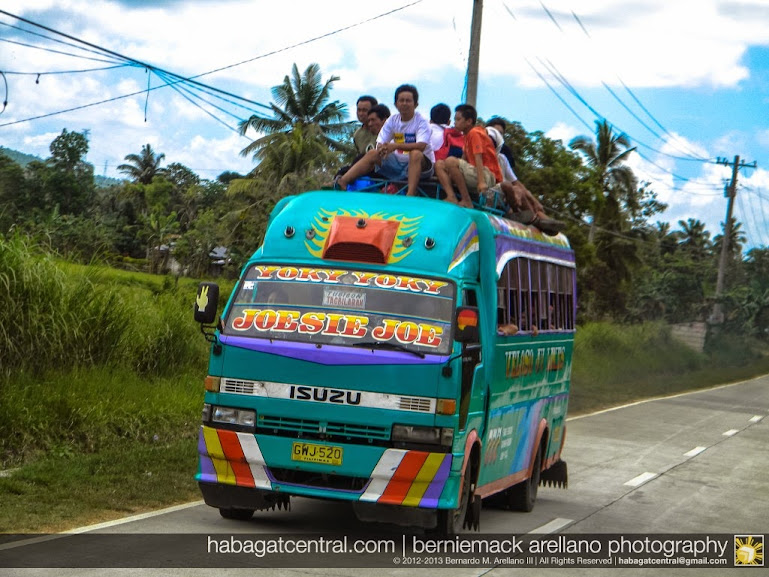 Bus heading to Tubigon