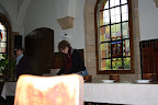 Abdijweekend Orval met Jona - 3110 - 211 '09 / Evelien aan het tafelen