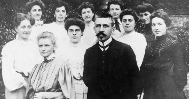 Radioactive love storey about Marie and Pierre Curie