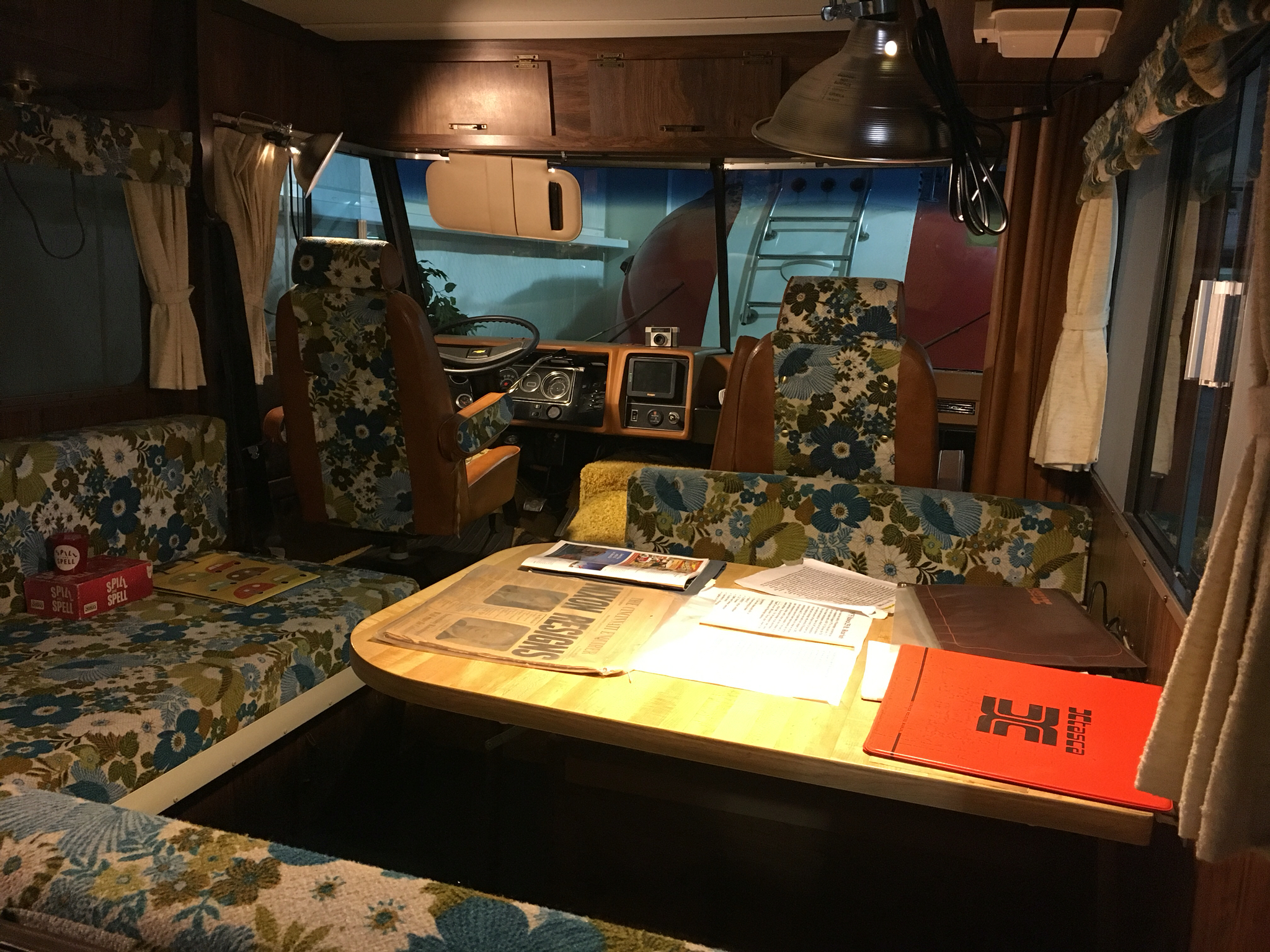 Adventures with Winnie: America on the Move - Vintage RV's