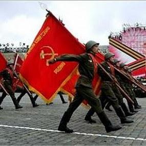 Ayuda: Diferencia entre anarquismo y comunismo. ¿Qué es el Anarcocomunismo en pocas palabras?  Marcha+socialista