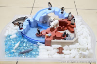 Sensory Bin of Polar Animals and {Learn & Play Link Up}