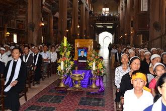 Thánh lễ an táng cha Gioan Baotixita Đinh Công Dũng