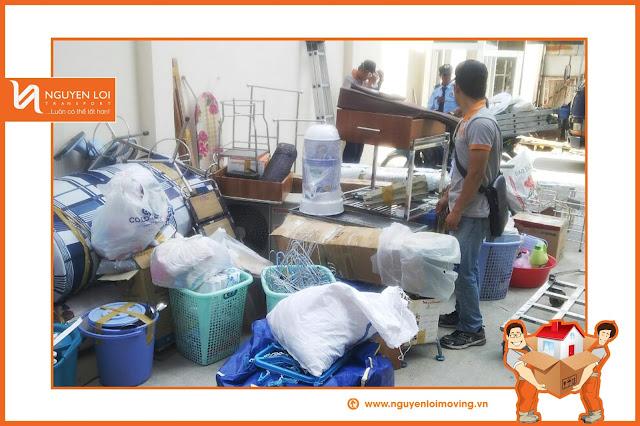 Khảo sát đồ đạc trước khi vận chuyển nhà