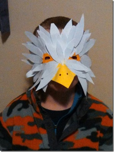 mascara de águila