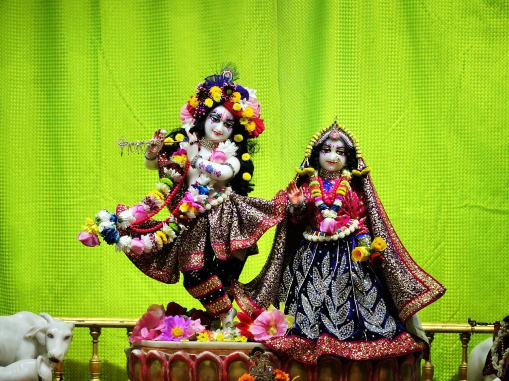 ISKCON Punjabi Bagh Deity Darshan 16 Mar 2016 (4)